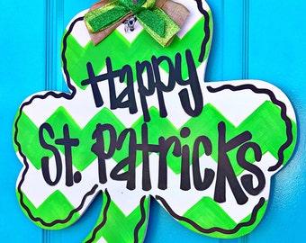 St. Patrick's Day Door Hanger - Saint Patrick's Day Door Decor - Leprechaun Door Hanger - Personalized Door Hanger - Spring Door Hanger