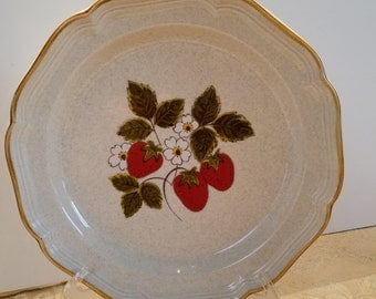 Two (2) Lovely, Vintage Dinner Plates; Mikasa, Strawberry Festival; Made in Japan; 1970s - 1980s