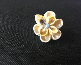 Double flower pin lapel