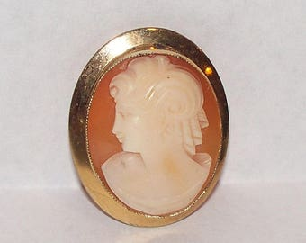 Vintage 12K Gold Filled Italian Carved Shell Cameo Pin/Pendant Fine Detail marked AMCO 1/20th 12K GF