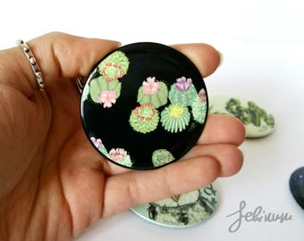 Round magnet polishes with graphics Succulents