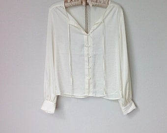 Versatile Vintage Tie Front Off White Cream Short Long Sleeve Button Up Blouse, with High Low Hem