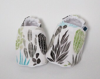 Baby slippers, Crib shoes, Cactus, Black, White, Blue, Green, Plants, Cotton, Soft soles, Moccasins, Toddler, Shower gift idea, Newborn