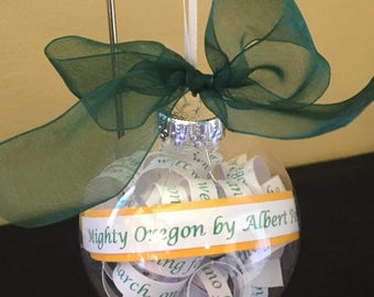 University of Oregon 'Mighty Oregon' ornament ; Ducks; Graduation Gift