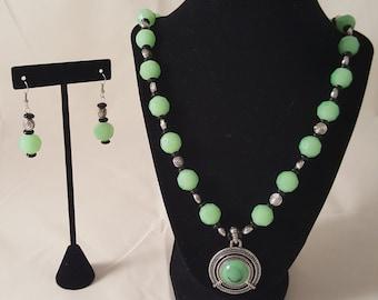 Pale Green & Silver Jewelry - Pale Green Necklace - Pale Green Bracelet - Pale Green Jewelry Set - Green Necklace - Green Earrings - Jewelry