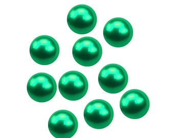 10 x 4mm Green Pearls Floating Charm