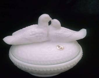 Westmoreland Milk Glass Nested Love Birds Covered Dish