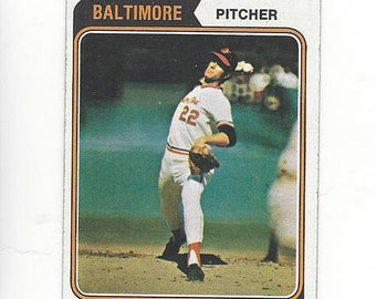 e5f1020933d 1974 Topps JIM PALMER Baltimore ORIOLES original vintage baseball card  number 40 and is in EXcellent