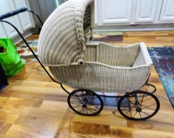 Antique Wicker Baby Doll Buggy Stroller