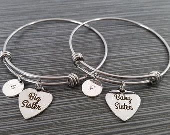Big Sister Baby Sister Bracelet Set - Two Sister Bangle Bracelet - Expandable Charm Bracelet - Initial Bracelet - Big Sis Little Sis Gift