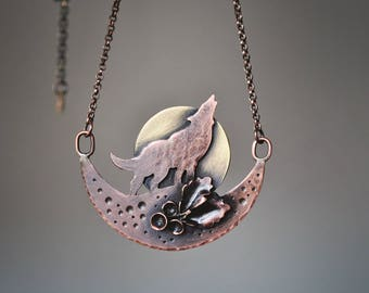 Wolf Necklace, Copper Wolf Pendant, Howling Wolf Pendant, Wolf Jewelry, Woodland Jewelry, Wolf Totem Necklace, Spirit Animal Jewelry