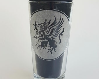 Etched Grey Wardens Griffin 16oz Pub Glass