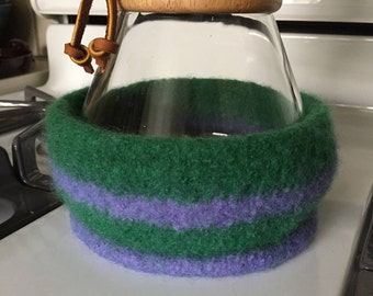 Spring Green and Lilac 8-Cup Cozy for a Chemex Coffee Brewer