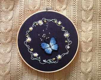 Punch Needle Hand Embroidery Butterfly Wreath || wall hoop art hanging decor embroidered gift under decor handmade stitching artistic flower