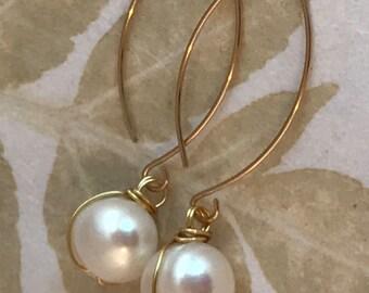 Pearl earrings, freshwater pearl, drop earrings, gold vermeil