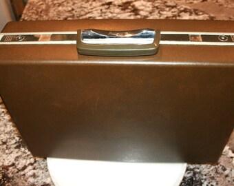 Samsonite Hard Shell Briefcase//Keys Included//Mad Men Style//Vintage Briefcase