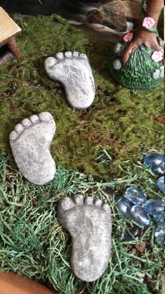 Fairy Garden Miniature Set Of Three Footprint Stepping Stones