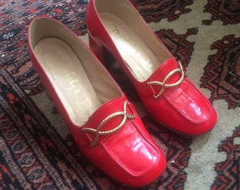 Vintage 1970s Red Leather Loafers Heeled Shoes with Golden Metal Buckle - UK 4, EU 37, US 6 1/2