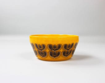 Vintage Bowl Waechtersbach, shell, ceramics, 70s retro dishes, made in Germany, yellow orange brown