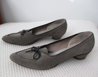 1960's gray suede oxford / pumps