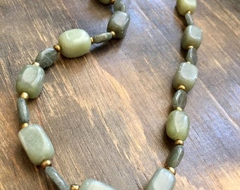Serpentine and Quartz Beaded Necklace 19""