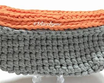 Autumn Jersey Yarn Clutch