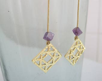 "Square fretworked brass with square amethyst earrings ""Quadrati"""