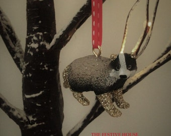 Badger ornament etsy for Badger christmas decoration