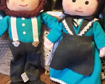 Dakin Dream Dolls From The 60's Abigail/Andrew/Amish Couple