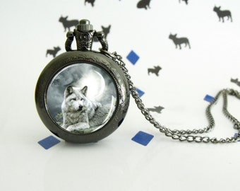 The wolf   - Pocket watch - Victorian Steampunk style - Glass cabochon - Fantasy gift,- Christmas gift