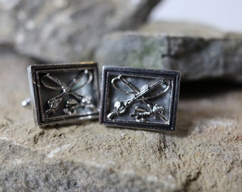 Vintage Swank fishing cufflinks silvertone with mother of pearl background, estate cufflinks, gifts for him