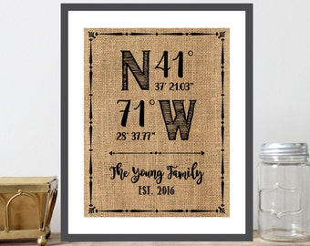 Custom GPS Coordinates Print, Family Name, Est. Date, Burlap Background With Border, Housewarming Gift, New Home Gift, Modern Decor - (D096)