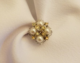 Sarah Coventry Pearl and Rhinestone Ring, Silver Tone, Vintage, Aurora Borealis, Faux Pearls, Signed