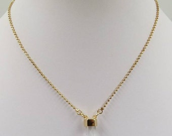 Gorgeous Golden Choker Necklace With Crystal Pendant