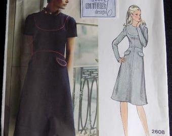 Vintage 1970s Vogue Couturier Design Pattern 2608, Designer Sybil Connolly, Size 14 Bust 36, Includes LABEL