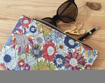 Liberty pouch, padded, Kit Liberty, make-up, fabric pouch flowers