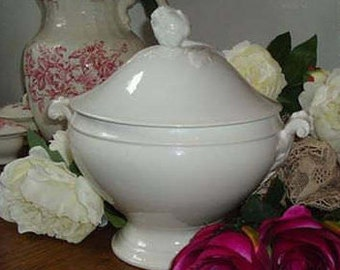 A Terrine porcelain soup tureen white French Shabby