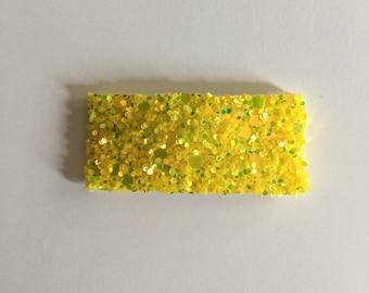 Yellow chunky glitter snapclip/ chunky glitter snapclip/ yellow snapclip