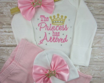 The Princess Has Arrived, Newborn, baby girl clothes, baby girl outfit, Baby girl, coming home outfit, take home outfit, shower gift, set