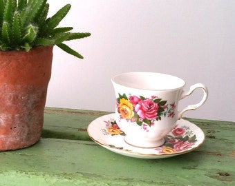 Classic porcelain 'Queen Anne' cup and saucer