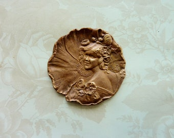 Lg French Vintage Dame de Fleurs Stamping(1 Pc)French Vintage lady of Flowers Pendant/French Findings/Vintage French Flower Goddess/Brass