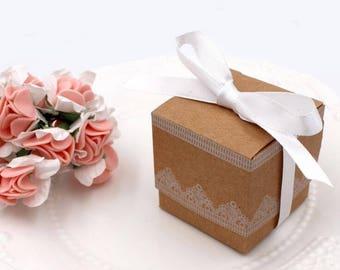100pcs/lot Retro wedding favor gift box brown square kraft paper candy box white lace edge ribbon sugar box