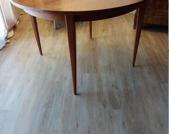 Table round vintage - rosewood in Rio