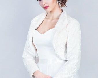 Winter bridal jacket Bridal velvet jacket, Long sleeve wedding bolero, Velvet bolero, Warm bridal jacket