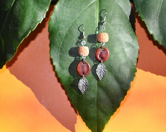 Earrings coral and seeds