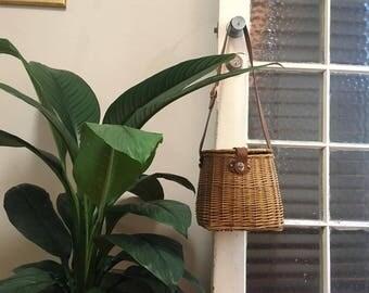 Antique Woven Shoulder Bag / Woven Basket / Bohemian Handbag / Picnic Basket