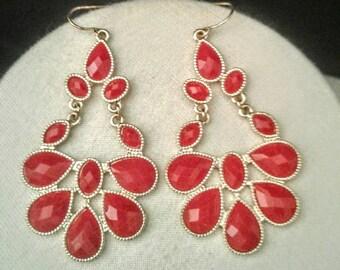 Vintage Red Crystal Earrings, Red Earrings, Vintage Earrings for Women, Red Crystal Earrings, Gifts for Women, Bead Earrings, Gold Earrings