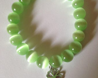 Green Cat's Eye Beaded Bracelet.