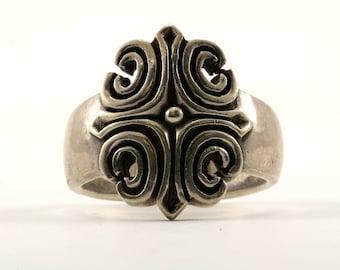 Vintage Men's Scroll Cross Design Ring 925 Sterling RG 2285-E
