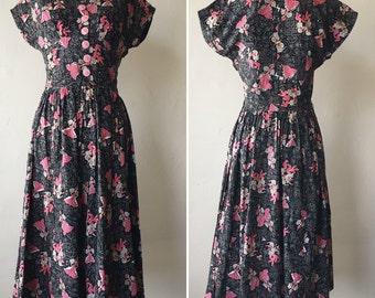1940s Flamenco Dancers Novelty Print Dress